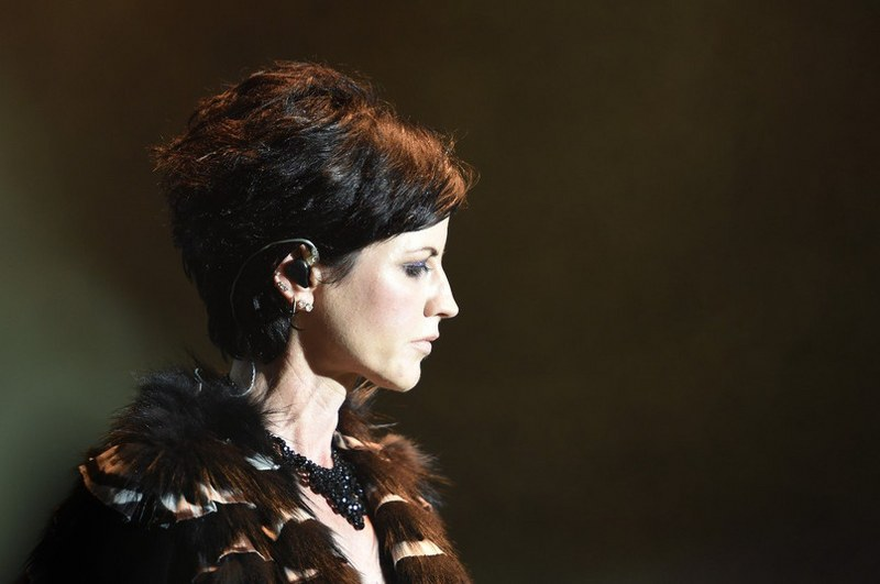 Umrla pevačica grupe The Cranberries (Video)